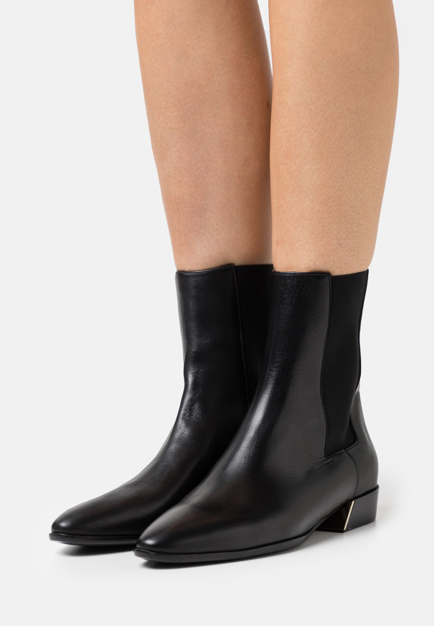Women GRACE CHELSEA BOOT  - Classic ankle boots