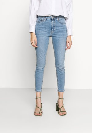 JAMIE MYKONOS POCKET  - Jeans Skinny Fit - bleach