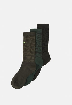 EVERYDAY PLUS CUSH CREW CAMO 3 PACK UNISEX - Sports socks - galactic jade/sequoia/cargo khaki