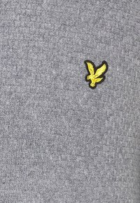 Lyle & Scott - BASKET JUMPER - Stickad tröja - mid grey marl - 2