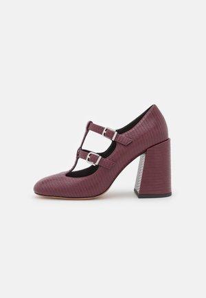 IPPICO - High heels - wine