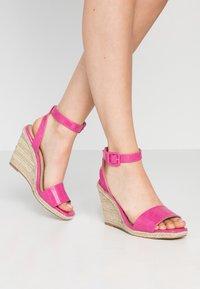 Head over Heels by Dune - KAIRI - Sandaler med høye hæler - fuschia - 0