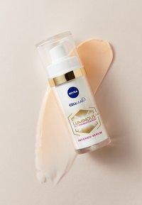 Nivea - CELLULAR LUMINOUS 630 SET - Skincare set - - - 2