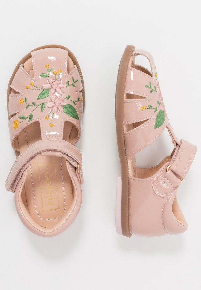 Sandalen - rose