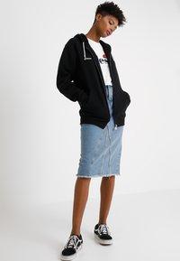 Ellesse - SERINATAS - Zip-up hoodie - black - 1