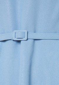 Lauren Ralph Lauren - WOODSTCK FOIL DRESS - Denní šaty - light sky blue - 2