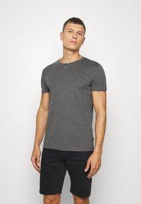 Pier One - Basic T-shirt - mottled dark grey - 0