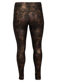 Zizzi - MIT SCHLANGENMUSTER - Trousers - black - 2