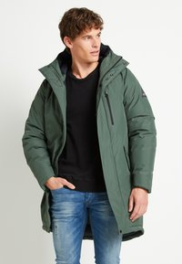 Denham - AVENUE - Winter coat - climbing ivy green - 0