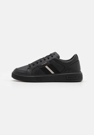 MOONY - Sneaker low - black