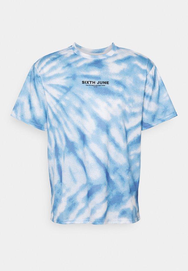 TIE DYE TEE - Print T-shirt - blue