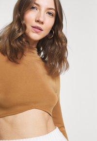 Fashion Union - ANTOINETTE - Top sdlouhým rukávem - pecan - 3