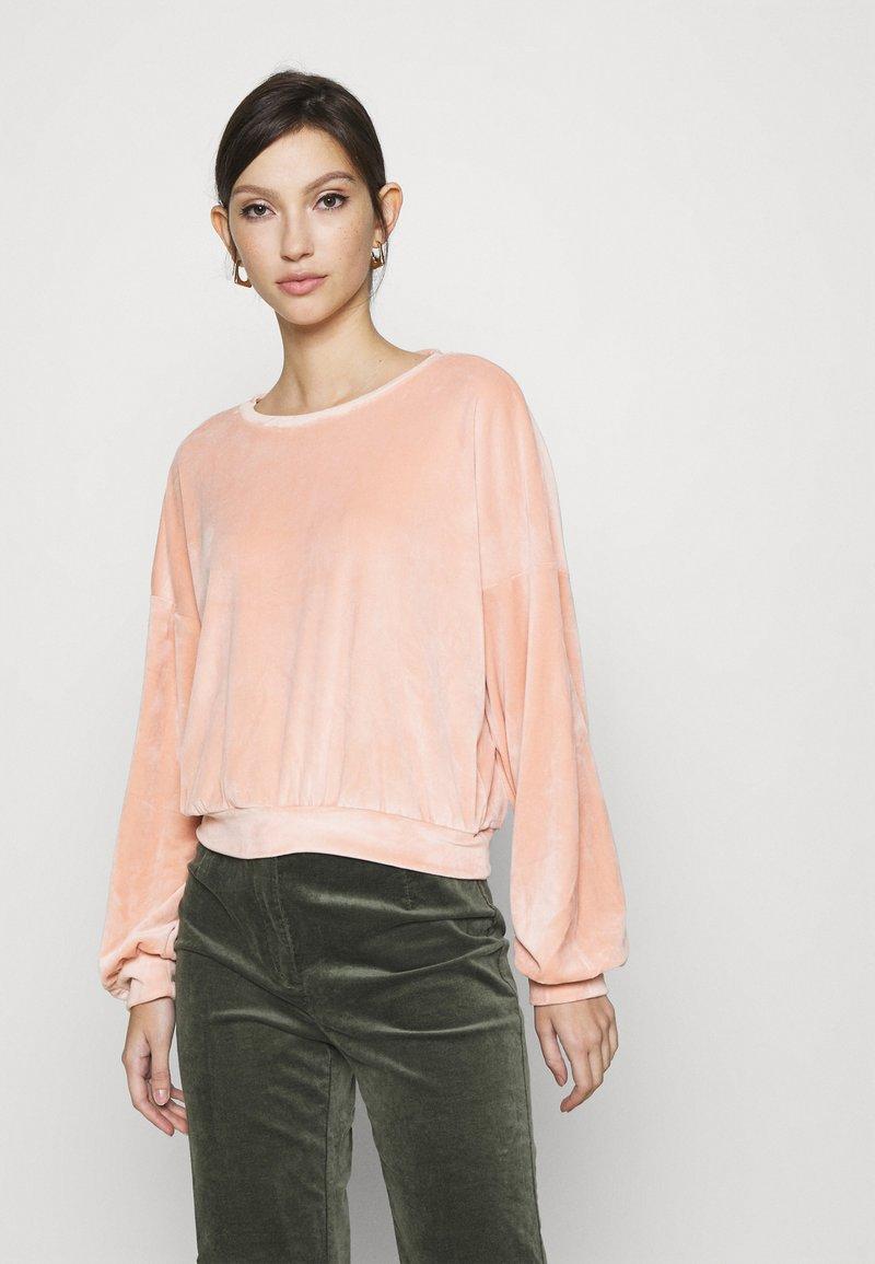 ONLY - ONLALVA - Sweatshirt - misty rose