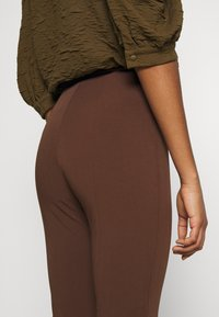 Monki - VIOLET TROUSERS - Trousers - brown - 5