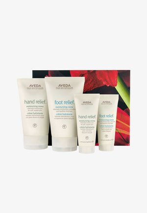 HAND & FOOT RELIEF HOME & TRAVEL HYDRATION SET - Bath and body set - -