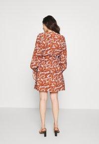 Object Petite - OBJORRIE DRESS - Vestido informal - sugar almond - 2