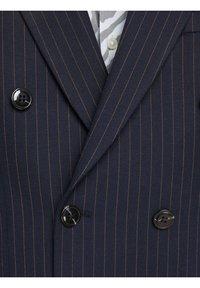 Jack & Jones PREMIUM - BLAZER ZWEIREIHIGER - Blazer jacket - dark navy - 4