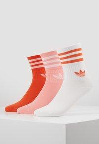adidas Originals - MID CUT 3 PACK - Socks - pink/white - 0