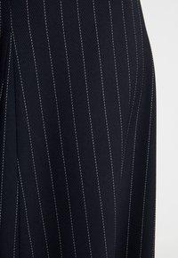 IVY & OAK - MIDI GODET SKIRT - A-line skirt - navy blue - 4