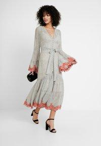 We are Kindred - ARGENTINA SHIRT DRESS - Denní šaty - flamenco - 2