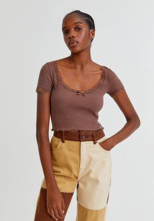 Blouse - mottled light brown