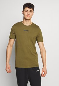 Jack & Jones Performance - JCOZSS TEE - Basic T-shirt - winter moss - 0