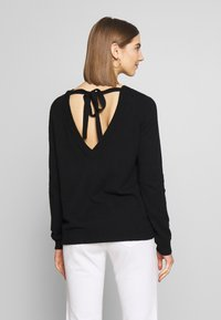 Vila - VIRIL OPEN BACK - Pullover - black - 2