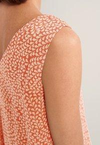 comma - Day dress - make up leaf minimal - 6