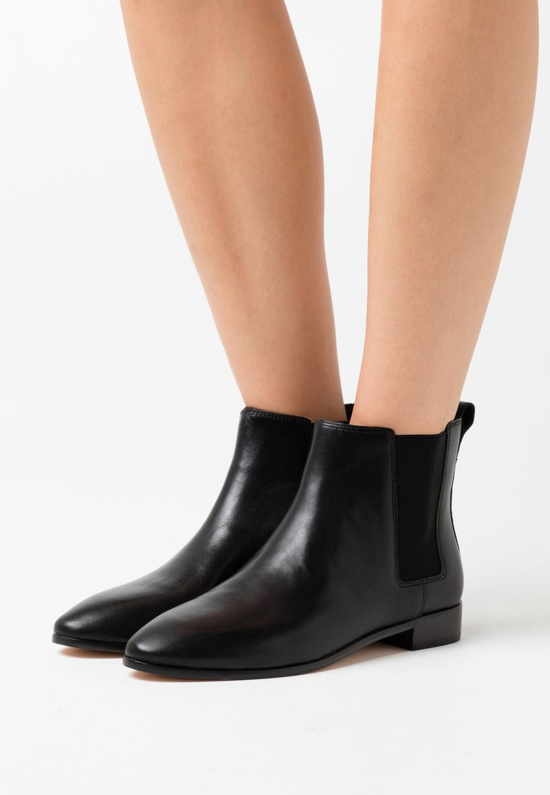 J.CREW - EASY CHELSEA LEXI BOOT - Classic ankle boots - black
