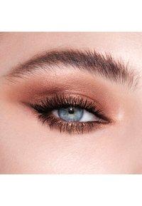 Charlotte Tilbury - INSTANT EYE PALETTE - Eyeshadow palette - bejewelled eyes to hypnotise - 5