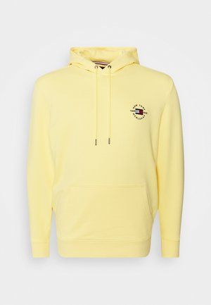 CIRCLE CHEST CORP HOODY - Mikina skapucí - delicate yellow