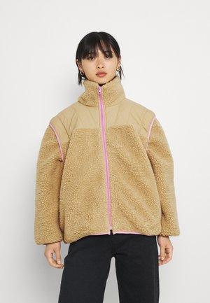 PCFAWNA JACKET 2-IN-1 - Winter jacket - lilac
