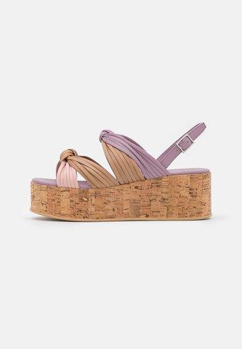 MAGIC - Sandales à plateforme - lilac/multicolor