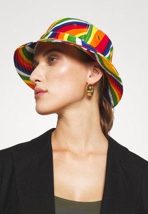 RAINBW BUCKET HAT - Šešir - multi