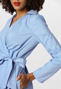 Apart - DRESS - Robe d'été - lightblue - 3