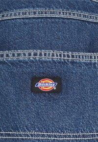 Dickies - GARYVILLE - Denim shorts - classic blue - 3