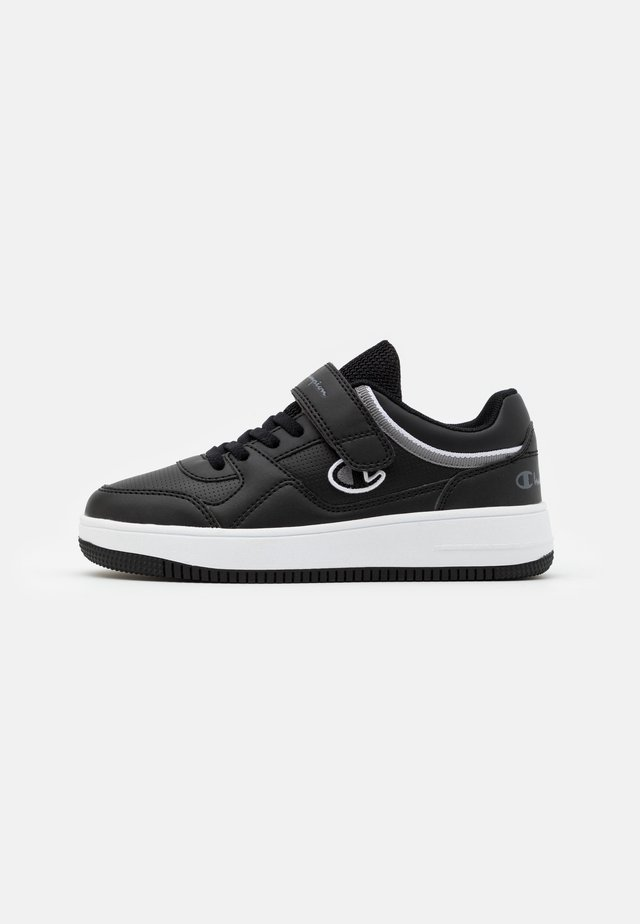LOW CUT SHOE NEW REBOUND UNISEX - Zapatillas de baloncesto - black