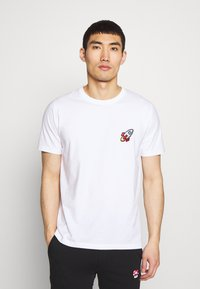 Bricktown - SPACESHIP SMALL - Print T-shirt - white - 0