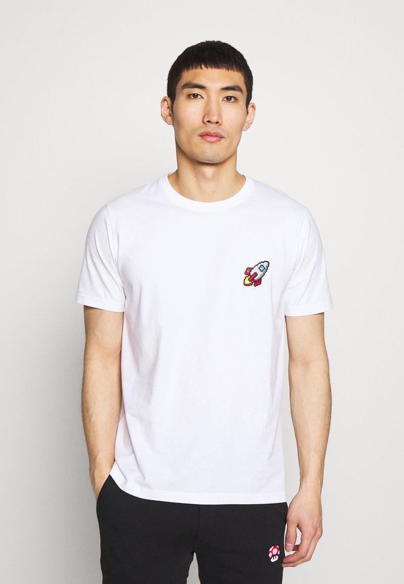 Bricktown - SPACESHIP SMALL - Print T-shirt - white
