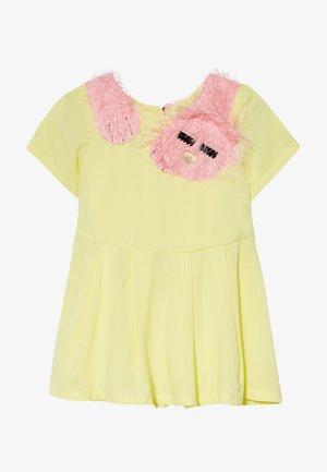 SLEEPY CAT DRESS - Day dress - yellow