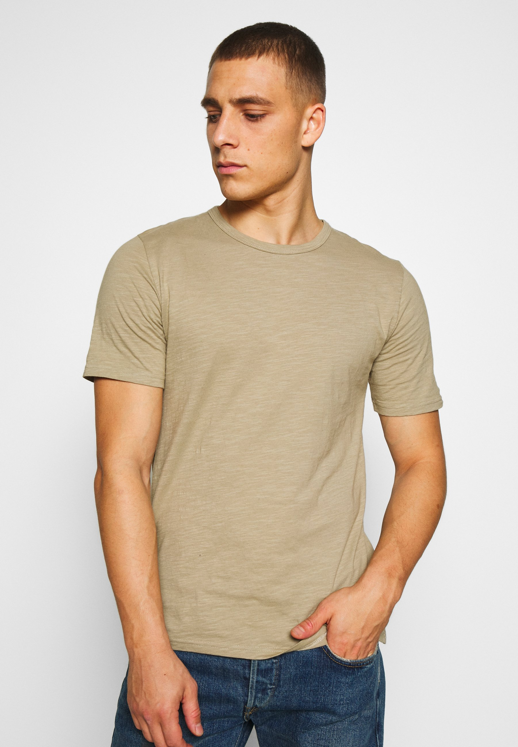 Men DELTA - Basic T-shirt
