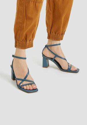 Sandales à talons hauts - blue