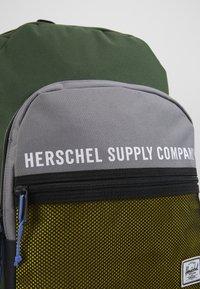 Herschel - KAINE - Zaino - greener pastures/grey/cyber yellow - 6