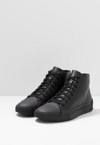 HUGO - Sneakersy wysokie - black - 2