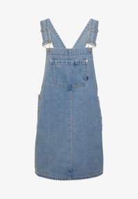 DUNGAREE DRESS - Denimové šaty - day shift blue
