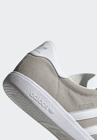 adidas Originals - JOGGER SHOES - Trainers - grey - 9