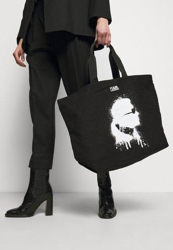 EXCLUSIVE IKONIK TOTE - Tote bag - black