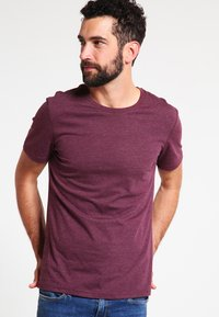 Pier One - Basic T-shirt - bordeaux melange - 0