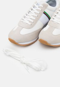 PS Paul Smith - PRINCE - Baskets basses - white - 5