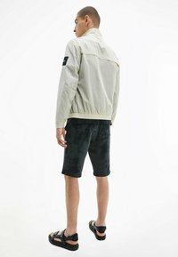 Calvin Klein - CRINKLE EASY  - Light jacket - off-white - 5